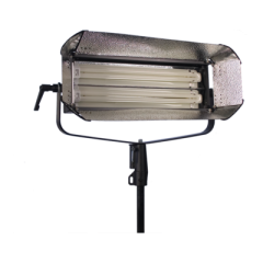 Ikan S200D Two Bulb Studio/Field Fluorescent Fixture